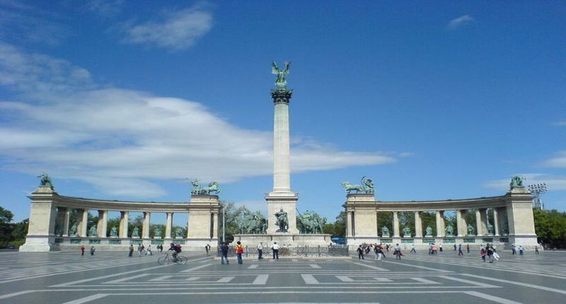 Hungary Communist Tour of Budapest with private driver and guide